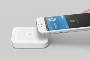 Square's contactless NFC reader