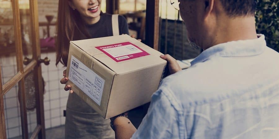 Which Shipping Carrier Is Best For Businesses?